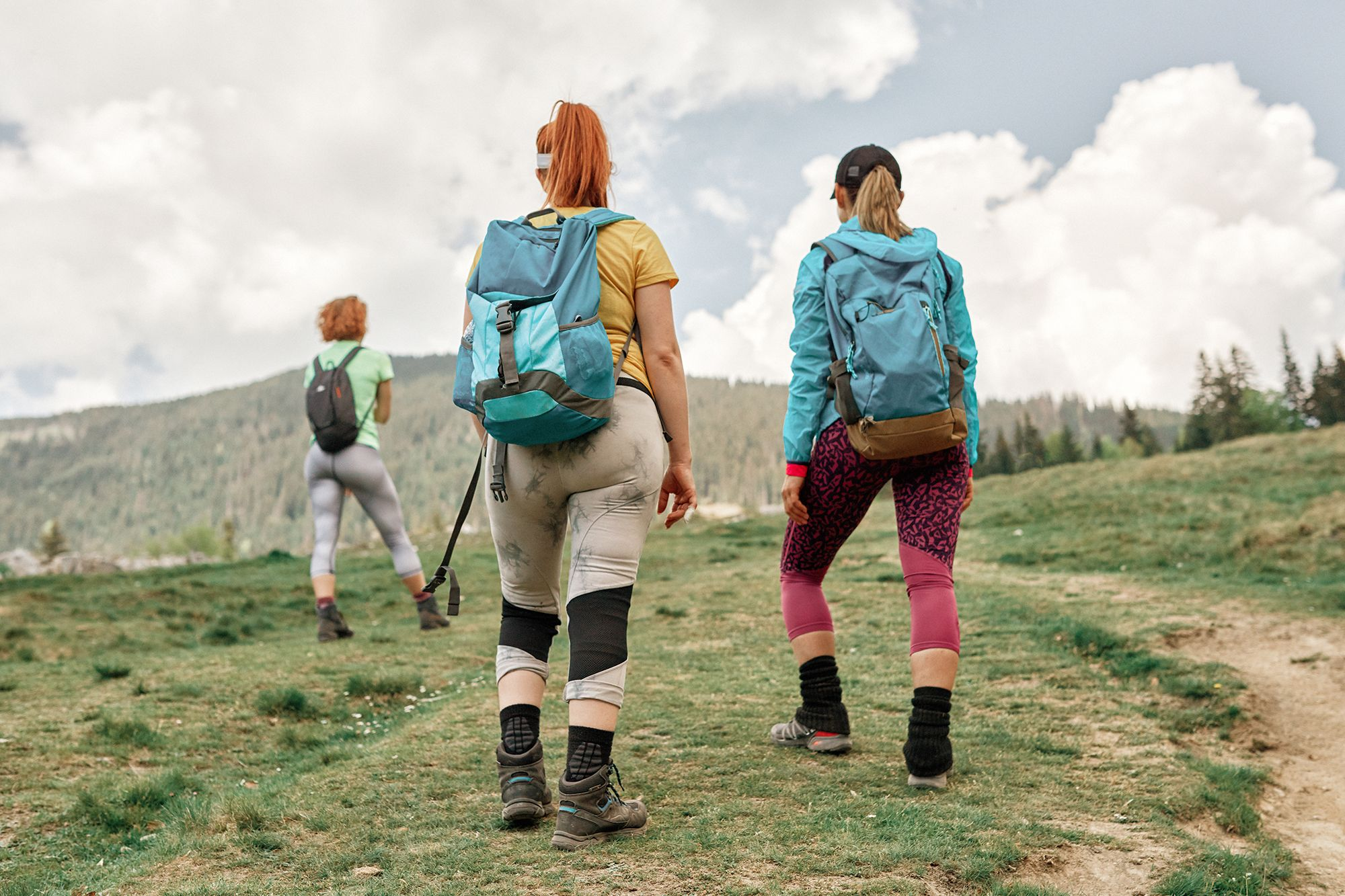 Hiking Clothes: Tip For Summer